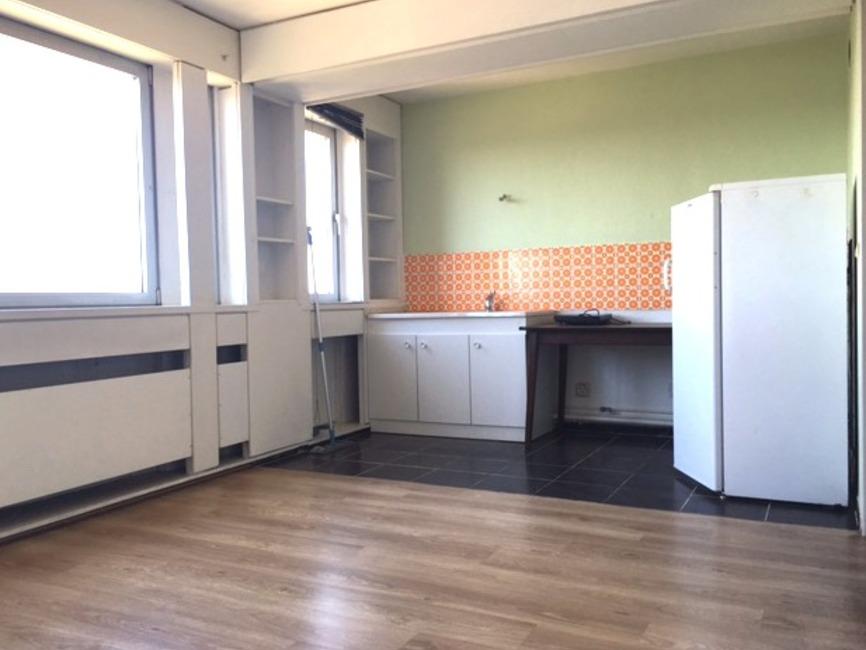 vente appartement 5 pi ces metz 57070 124111. Black Bedroom Furniture Sets. Home Design Ideas