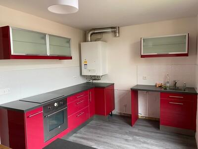 Location Appartement 4 pièces 80m² Saint-Étienne (42000) - Photo 4