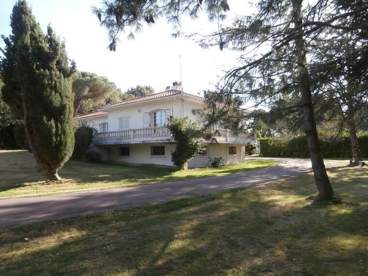 Vente Maison 5 pièces 200m² Olonne-sur-Mer (85340) - photo