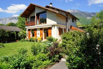 Vente Maison 6 pièces 160m² Saint-Nazaire-les-Eymes (38330) - Photo 1