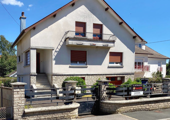 Sale House 6 rooms 133m² proche centre-ville - Photo 1