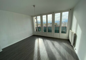 Sale Apartment 4 rooms 68m² Échirolles (38130) - Photo 1