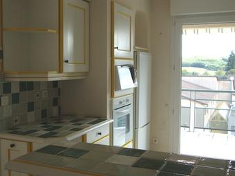 Sale Apartment 3 rooms 74m² Saint-Just-Chaleyssin (38540) - photo 2