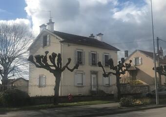 Vente Maison 6 pièces 143m² Lure (70200) - photo