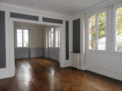 Location Appartement 4 pièces 88m² Pau (64000) - Photo 5