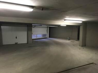 Location Garage 15m² Gières (38610) - photo
