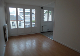 Renting Apartment 1 room 30m² Paris 19 (75019) - Photo 1
