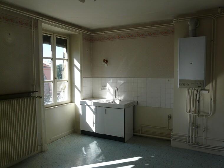 Location Appartement 5 pièces 79m² Cours-la-Ville (69470) - photo