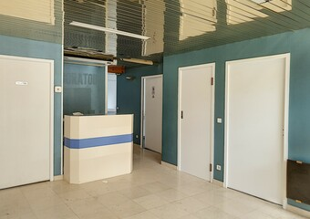 Vente Local commercial 4 pièces 112m² Cambo-les-Bains (64250) - Photo 1