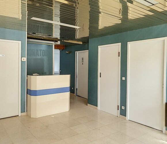 Vente Local commercial 4 pièces 112m² Cambo-les-Bains (64250) - photo