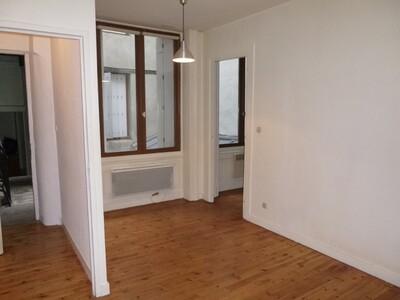 Location Appartement 3 pièces 44m² Saint-Étienne (42000) - Photo 6