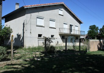 Sale House 6 rooms 106m² L' Isle-Jourdain (32600) - photo