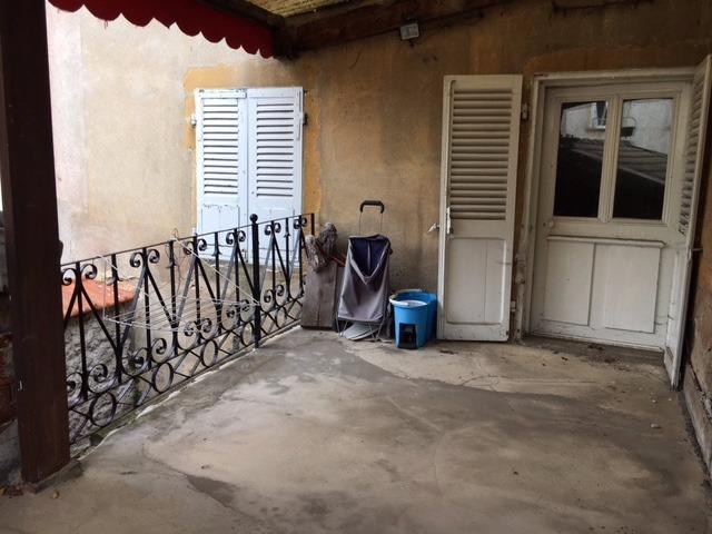 Vente Maison 8 pièces 135m² Cours-la-Ville (69470) - photo