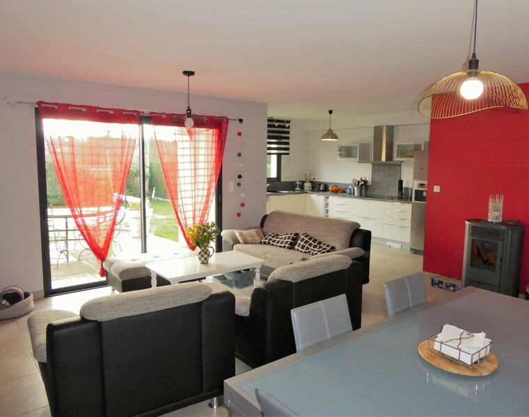 Sale House 6 rooms 120m² SECTEUR L'ISLE JOURDAIN - photo