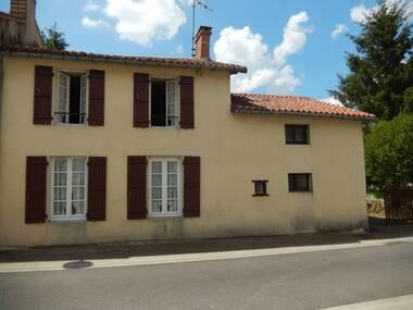 Vente Maison 2 pièces 86m² Pompaire (79200) - photo