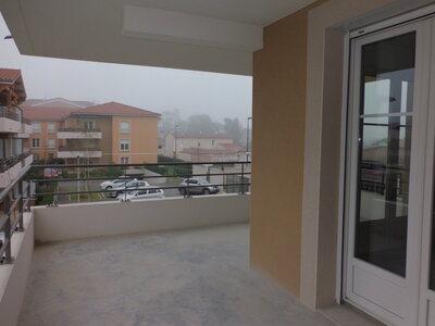 Location Appartement 4 pièces 78m² Savigneux (42600) - Photo 9