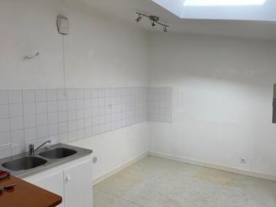 Location Appartement 3 pièces 54m² Saint-Étienne (42000) - Photo 5