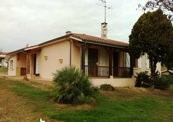 Renting House 4 rooms 93m² Mongausy (32220) - Photo 1