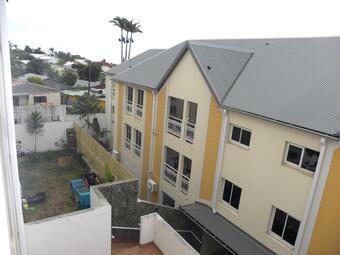 Vente Appartement 3 pièces 76m² Sainte-Clotilde (97490) - photo