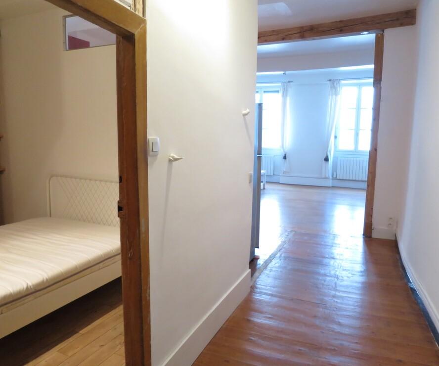 location appartement 2 pi ces grenoble 38000 433759. Black Bedroom Furniture Sets. Home Design Ideas