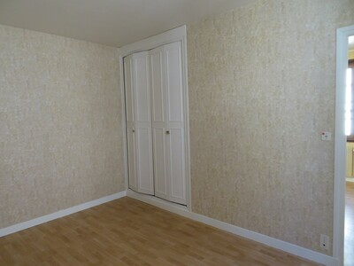 Location Maison 7 pièces 125m² Billom (63160) - Photo 27