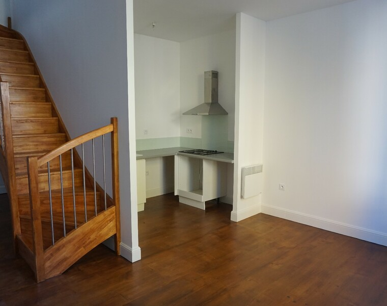 Renting Apartment 3 rooms 88m² Pau (64000) - photo