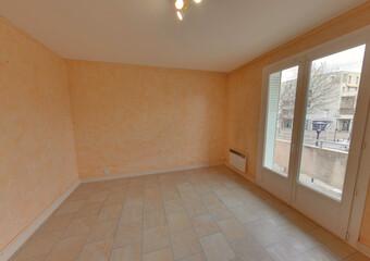 Location Appartement 4 pièces 73m² Portes-lès-Valence (26800) - Photo 1