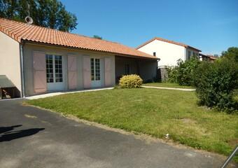 Vente Maison 5 pièces 135m² Châtillon-sur-Thouet (79200) - Photo 1