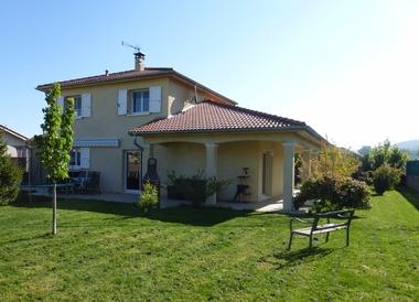 Vente Maison 5 pièces 119m² Beaurepaire (38270) - photo