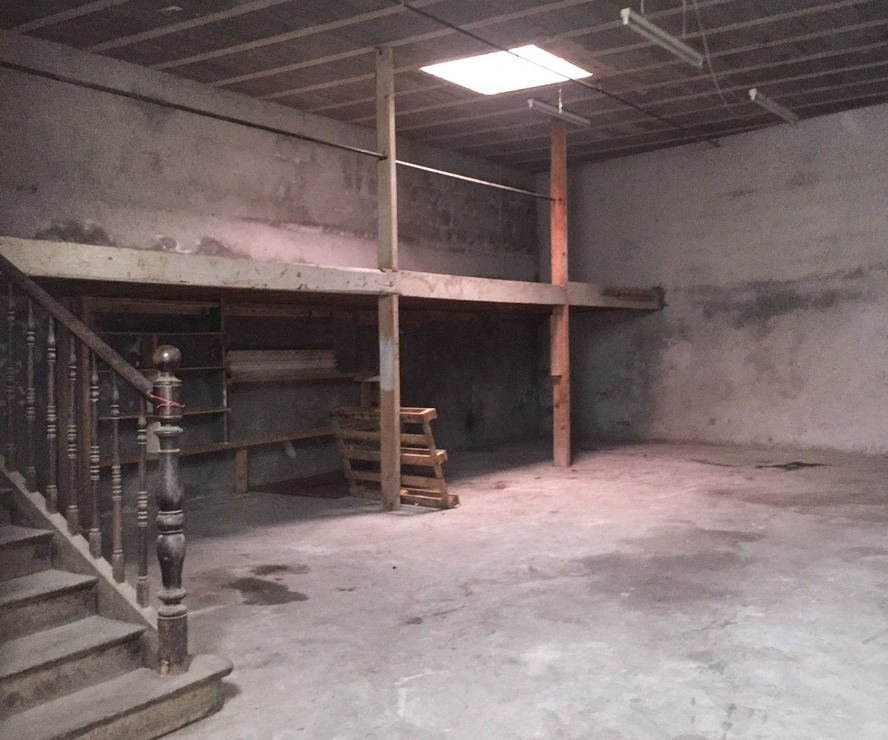 Location Garage 100m² Pau (64000) - photo