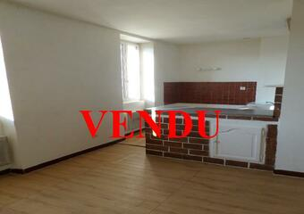 Sale Apartment 1 room 27m² Lauris (84360) - photo