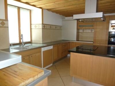 Sale House 7 rooms 250m² MORILLON - photo