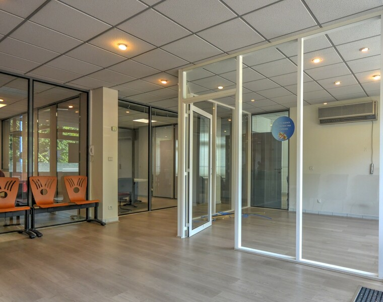 Vente Local commercial 6 pièces 293m² La Roche-sur-Foron (74800) - photo