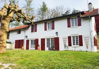 Vente Maison 9 pièces 330m² Urcuit (64990) - photo