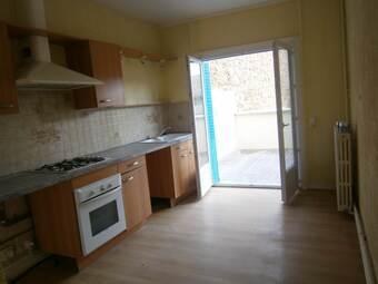 Vente Maison 6 pièces 85m² Cours-la-Ville (69470) - photo 2