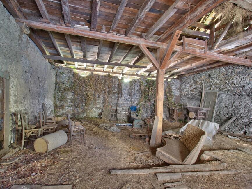 Vente maison 2 pi ces feissons sur is re 73260 304370 - Agence tcl grange blanche horaire ...