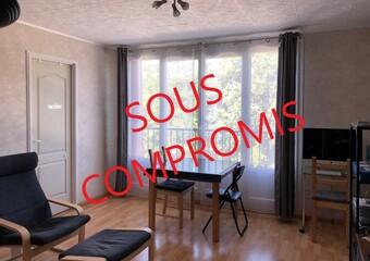 Sale Apartment 3 rooms 59m² Rambouillet (78120) - Photo 1