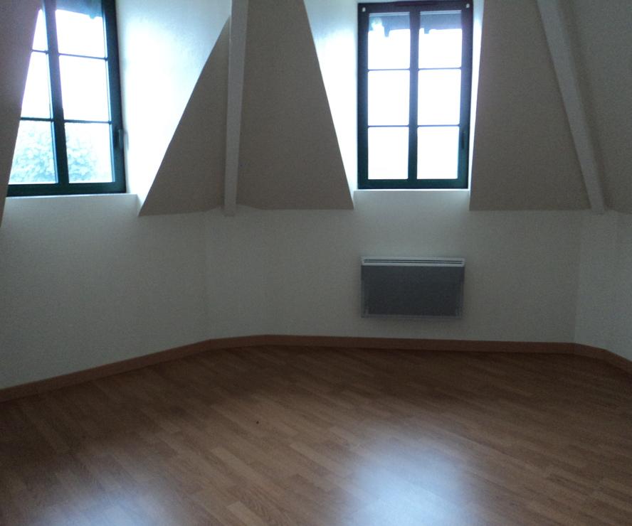 Location Appartement 3 pièces 53m² Pacy-sur-Eure (27120) - photo