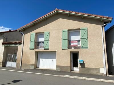 Location Maison 3 pièces 135m² Précieux (42600) - photo