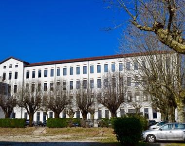 Location Bureaux 1 pièce 560m² Moirans (38430) - photo