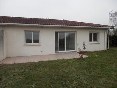 Location Appartement 3 pièces 63m² Pontonx-sur-l'Adour (40465) - Photo 3