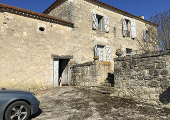Sale House 5 rooms 130m² Tayrac (47270) - photo