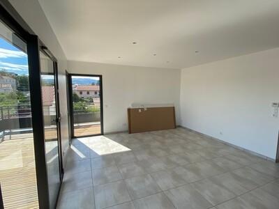Location Appartement 3 pièces 67m² Savigneux (42600) - Photo 11