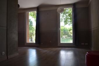 Location Appartement 1 pièce 35m² Jouques (13490) - photo