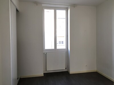 Location Appartement 3 pièces 60m² Saint-Étienne (42000) - Photo 9
