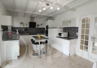 Vente Maison 8 pièces 153m² Sin-le-Noble (59450) - Photo 1