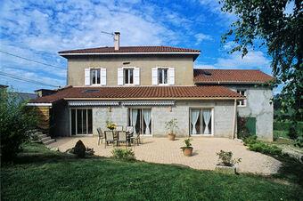 Vente Maison 10 pièces 240m² Bilieu (38850) - photo