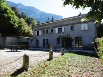 Location Maison 5 pièces 120m² Pommiers-la-Placette (38340) - Photo 1
