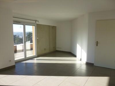 Location Appartement 4 pièces 83m² Lorette (42420) - Photo 3