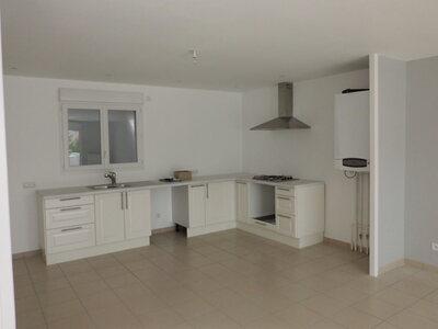 Location Appartement 4 pièces 111m² Saint-Priest-en-Jarez (42270) - Photo 4